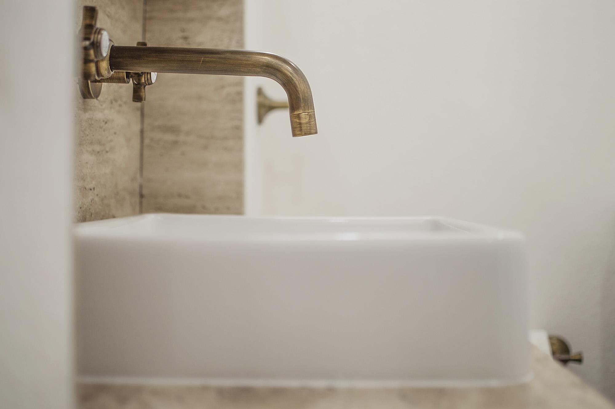 taps-sink